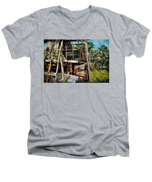 Ozark Barn Men's V-Neck T-Shirt