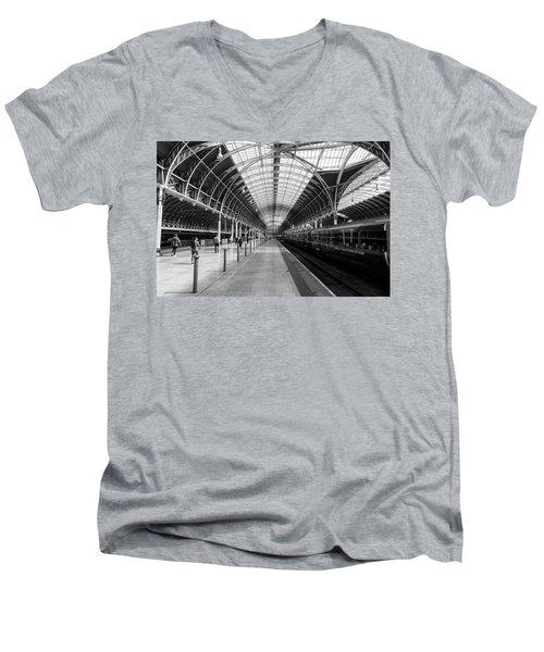 Paddington Station Men's V-Neck T-Shirt