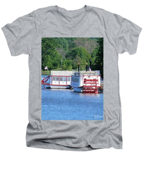 Paddleboat On The River Men's V-Neck T-Shirt