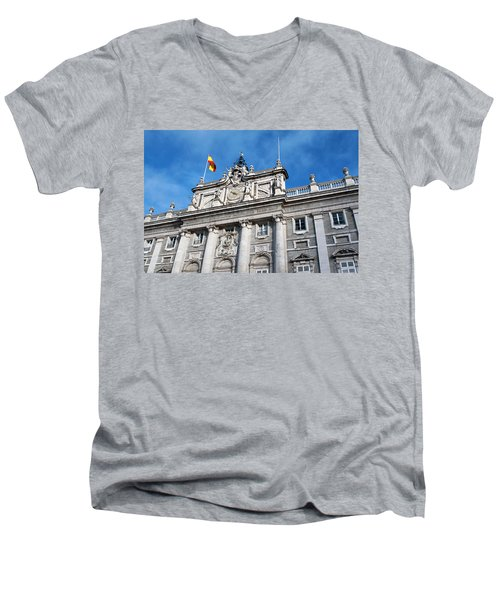 Palacio Real Men's V-Neck T-Shirt