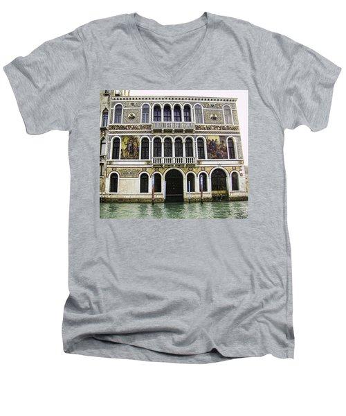 Palazzo Barbarigo Men's V-Neck T-Shirt