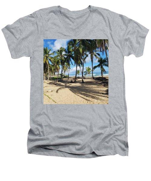 Palm Tree Family Men's V-Neck T-Shirt