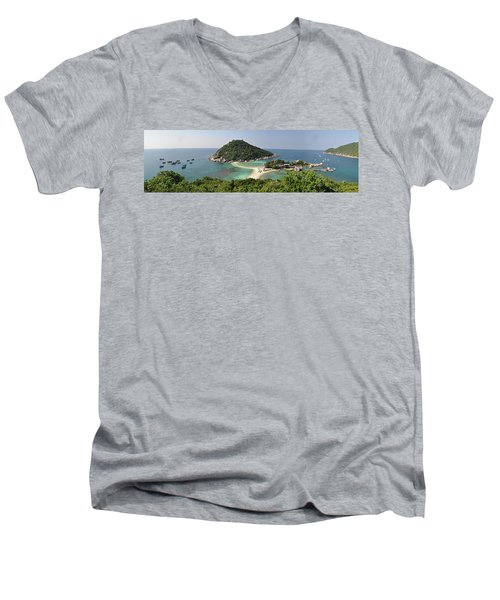 panorama Koh Nang Yuan Men's V-Neck T-Shirt by Sushko