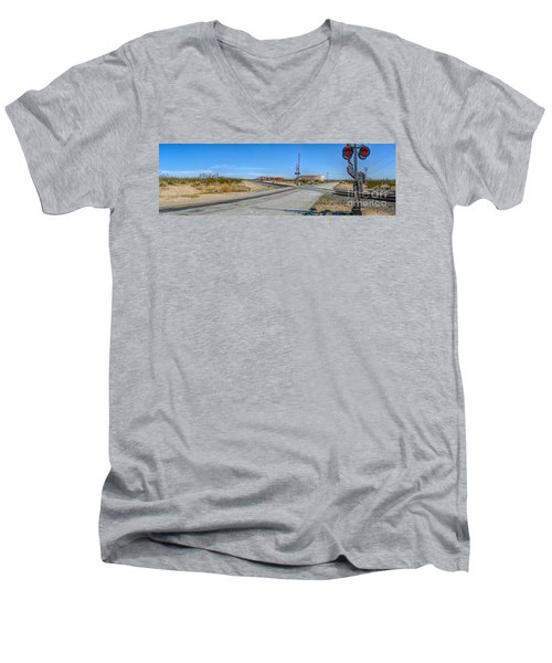 Panoramic Railway Signal Men's V-Neck T-Shirt