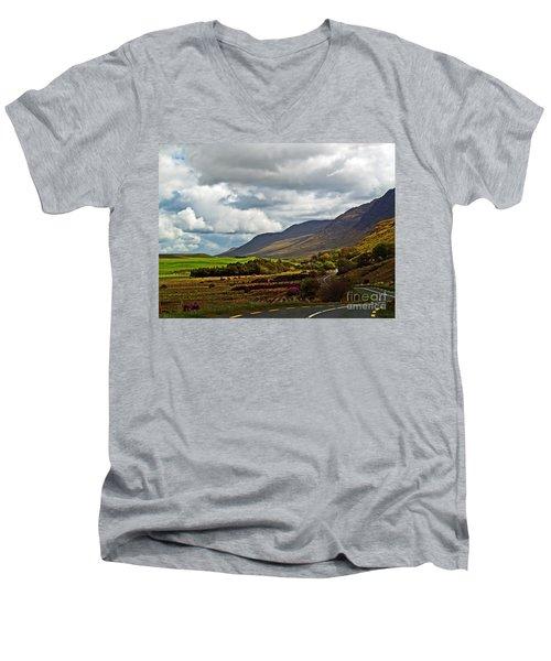 Paradise In Ireland Men's V-Neck T-Shirt