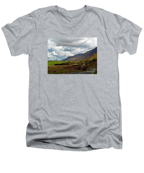 Paradise In Ireland Men's V-Neck T-Shirt