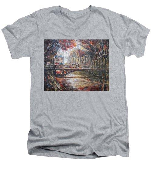 Paris - 6 O' Clock In The Morning Men's V-Neck T-Shirt