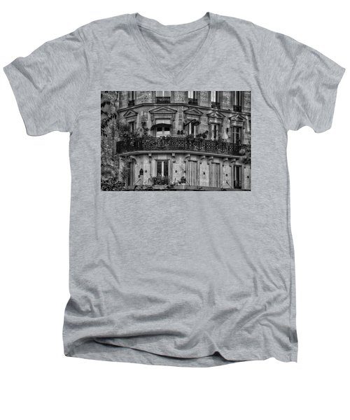 Parisian Apartment Men's V-Neck T-Shirt