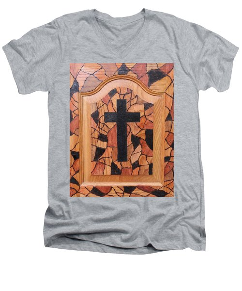 Patchwork And Cross Men's V-Neck T-Shirt