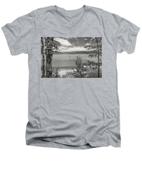 Payette Lake Boarder Men's V-Neck T-Shirt