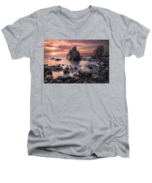 Peaceful Reign Men's V-Neck T-Shirt