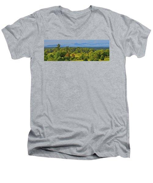 Peaks Of Otter After The Rain Men's V-Neck T-Shirt