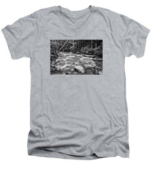 Pemi River Black-white Men's V-Neck T-Shirt