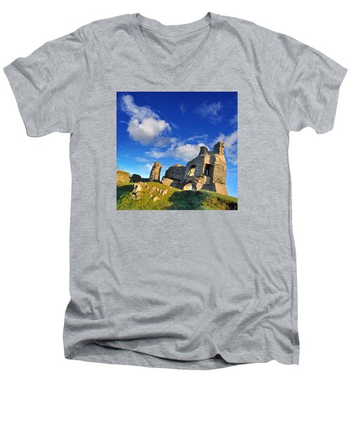 Pennard Castle Men's V-Neck T-Shirt