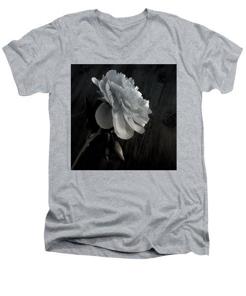 Peonie Men's V-Neck T-Shirt by Sharon Jones