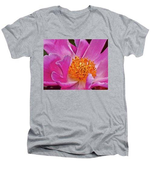 Pink Flower Peony Garden Wall Art Men's V-Neck T-Shirt