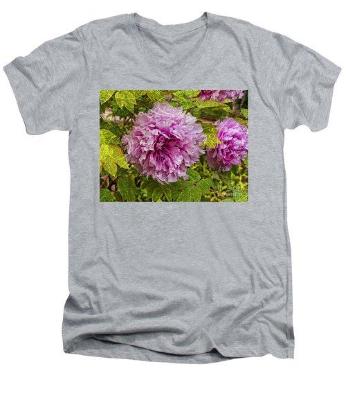 Peony Lace Men's V-Neck T-Shirt