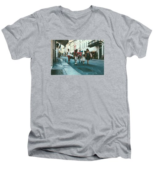 People Men's V-Neck T-Shirt