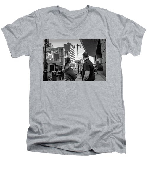 Philadelphia Street Photography - Dsc00248 Men's V-Neck T-Shirt by David Sutton