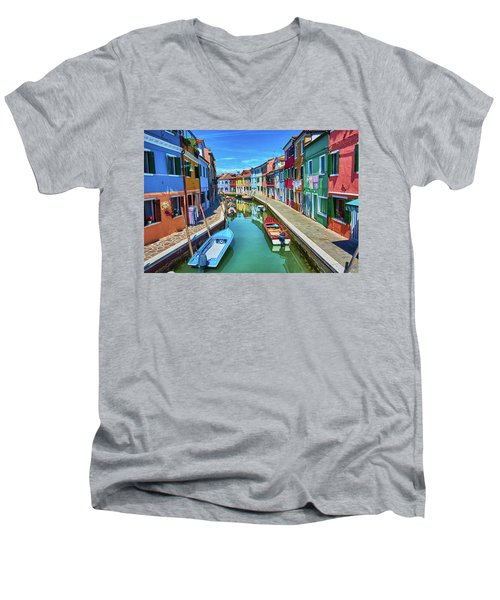 Picturesque Buildings And Boats In Burano Men's V-Neck T-Shirt