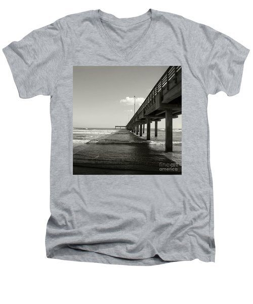 Pier 1 Men's V-Neck T-Shirt
