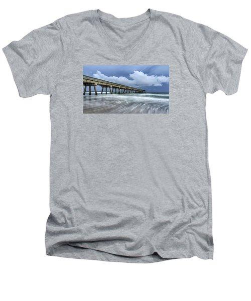 Pier Time Lapse Men's V-Neck T-Shirt