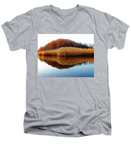 Piermont Backwater Men's V-Neck T-Shirt
