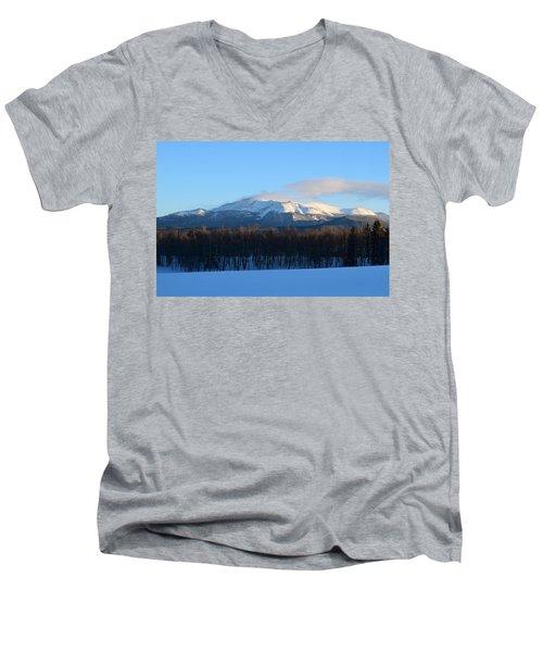 Pikes Peak From Cr511 Divide Co Men's V-Neck T-Shirt