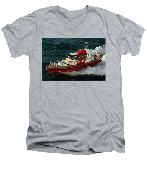 Pilot Boat Wellington Men's V-Neck T-Shirt