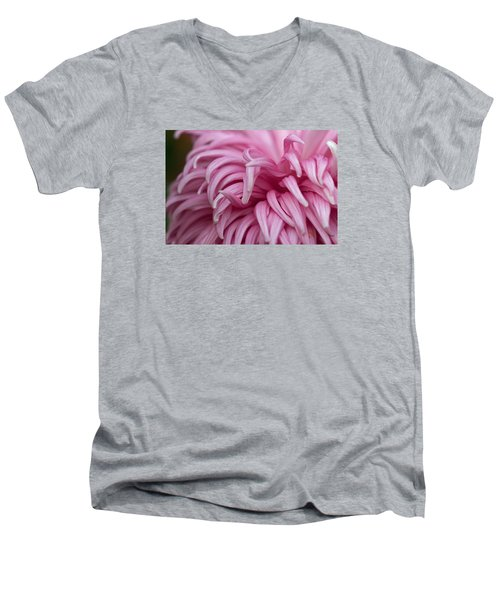 Pink Mum Men's V-Neck T-Shirt