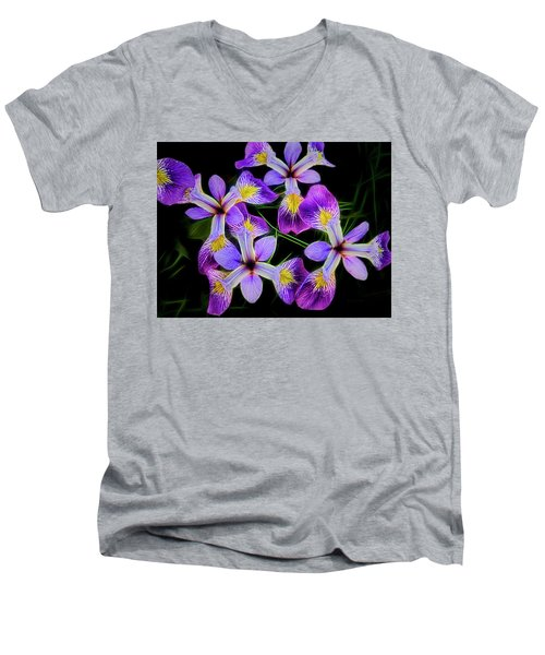 Pinwheel Purple Iris Glow Men's V-Neck T-Shirt
