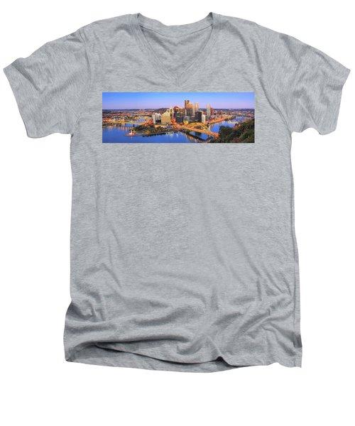 Pittsburgh Pano 22 Men's V-Neck T-Shirt