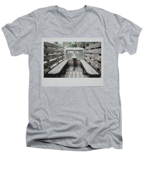 Polaroid Image-old Truck Bench Seats Men's V-Neck T-Shirt
