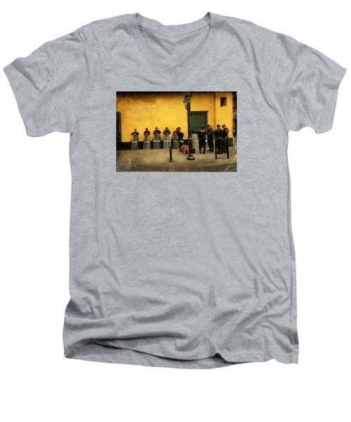 Policia In Lima Peru Men's V-Neck T-Shirt
