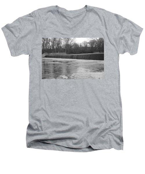 Pompton Spillway In January Men's V-Neck T-Shirt