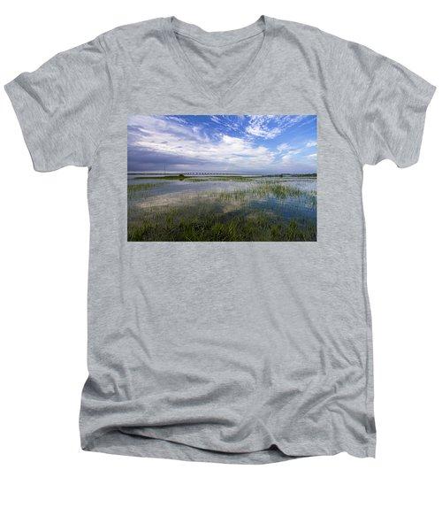 Ponquogue Bridge Springtime Men's V-Neck T-Shirt