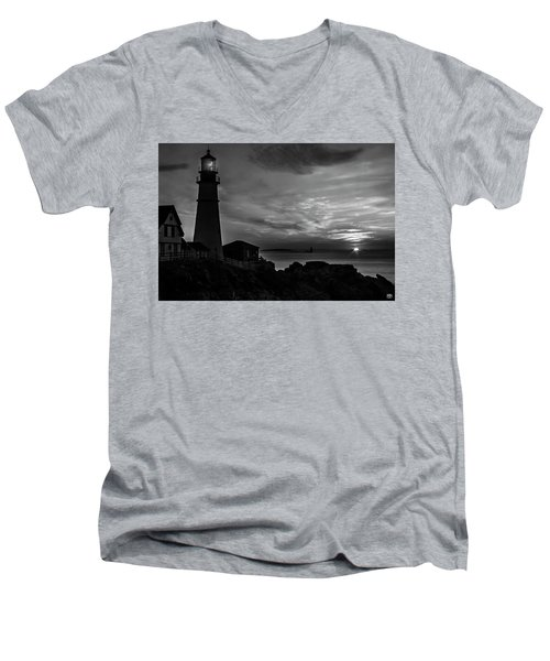 Portland Head Noir Men's V-Neck T-Shirt