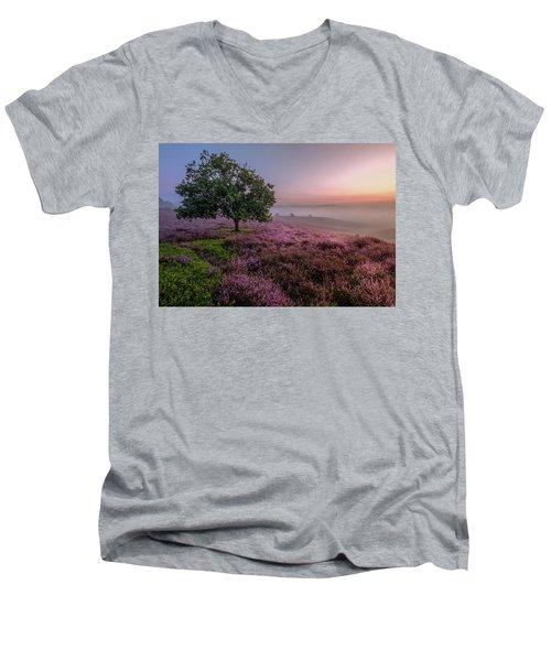 Posbank Men's V-Neck T-Shirt