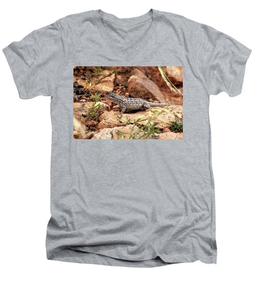 Prairie Lizard Men's V-Neck T-Shirt
