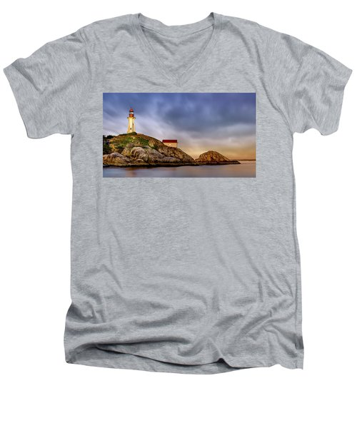 Pt Atkinson Lighthouse Sunset Men's V-Neck T-Shirt