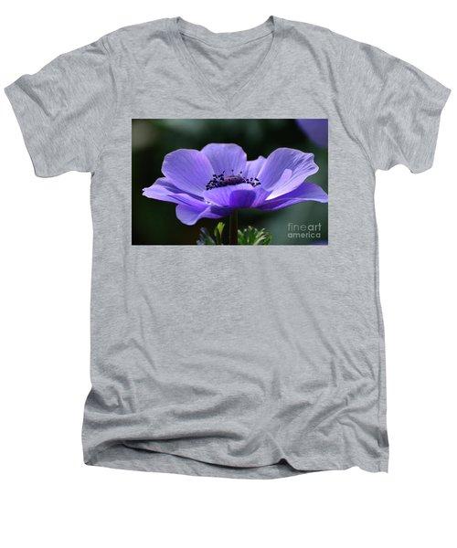 Purple Poppy Mona Lisa Men's V-Neck T-Shirt