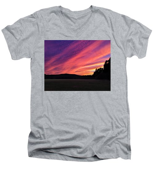 Men's V-Neck T-Shirt featuring the photograph Purple Sky by Sven Kielhorn
