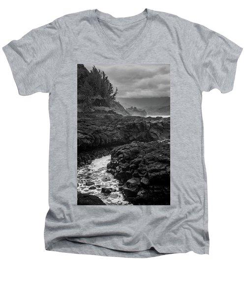 Queens Bath Kauai Men's V-Neck T-Shirt