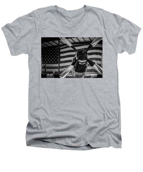 Quick Silver Men's V-Neck T-Shirt