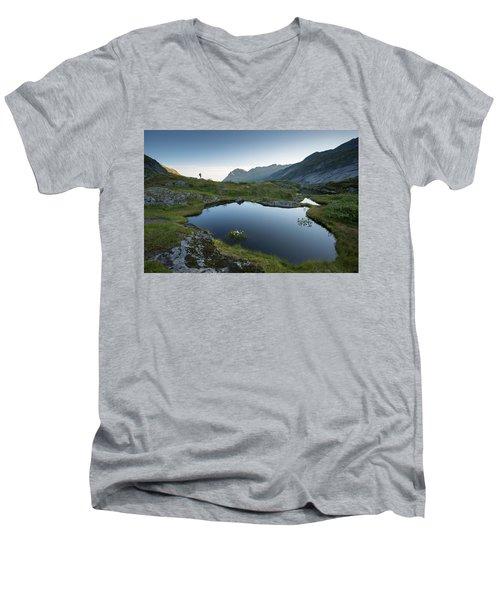 Quiet Lofoten Men's V-Neck T-Shirt