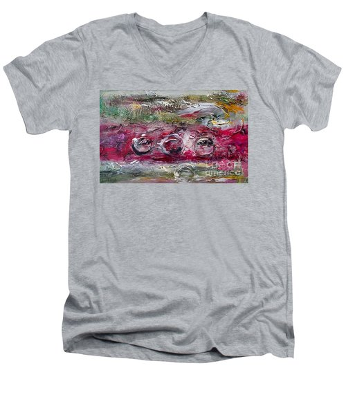 Racing Men's V-Neck T-Shirt