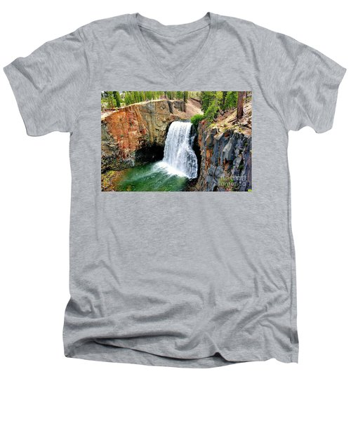 Rainbow Falls 11 Men's V-Neck T-Shirt