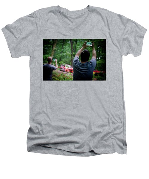 Rally Fan Capture Men's V-Neck T-Shirt