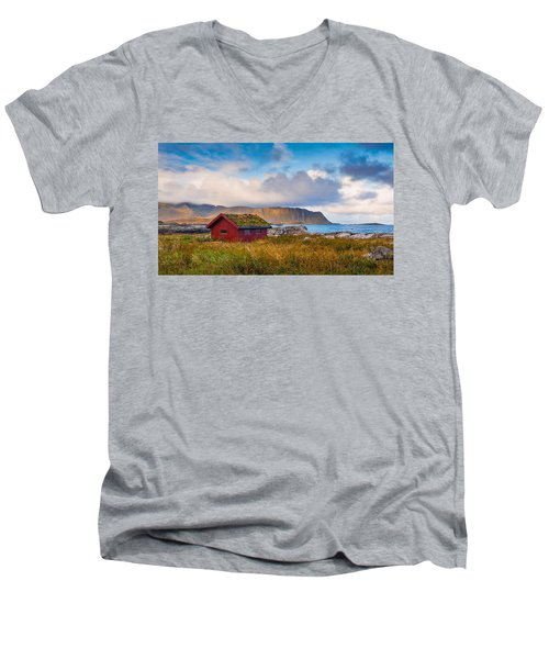 Ramberg Hut Men's V-Neck T-Shirt