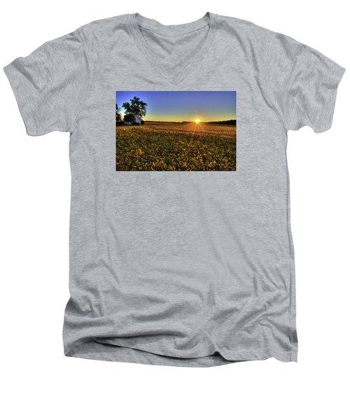Rays Over The Field Men's V-Neck T-Shirt